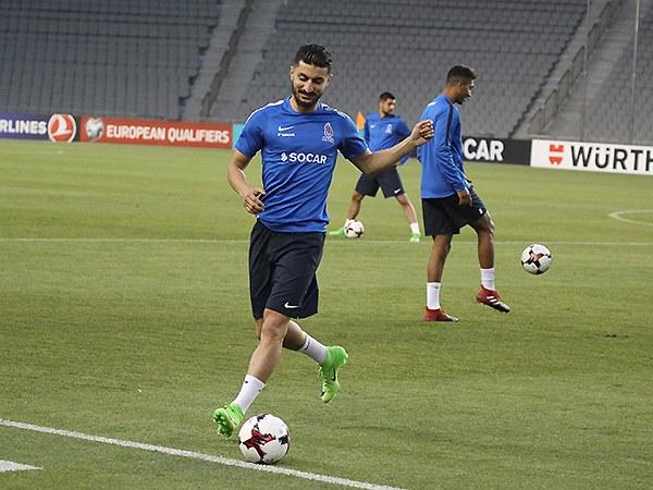 Araz Abdullayev Türkiyəyə gedir -